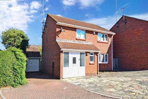4 bedroom detached house for sale - Hadlow Drive, Palm Bay, Margate, Kent