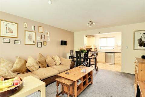 2 bedroom apartment for sale - Redhouse Way, Swindon