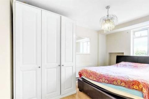 2 bedroom flat to rent - Ashby House, Essex Road, London N1
