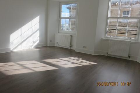Studio to rent - High Street, Kirkcaldy