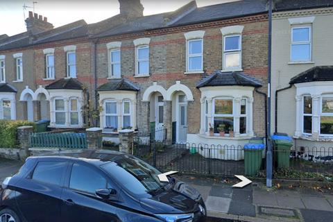 3 bedroom terraced house to rent - St. Johns Terrace, London, SE18 7RT