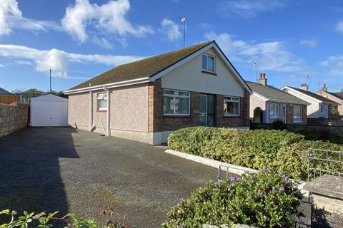 2 bedroom detached bungalow for sale - South Stack Road, Holyhead