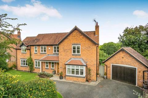 5 bedroom detached house for sale - Tallarn Green - Cheshire Lamont Property Ref 3420