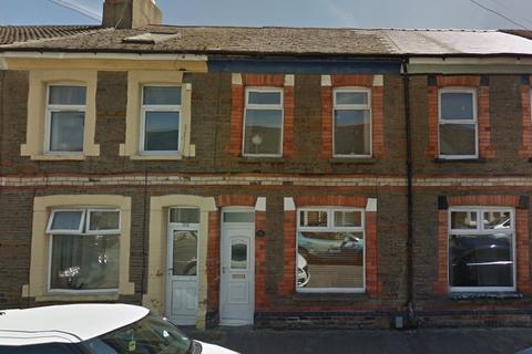 3 bedroom terraced house to rent - Treharris Street, Cardiff,