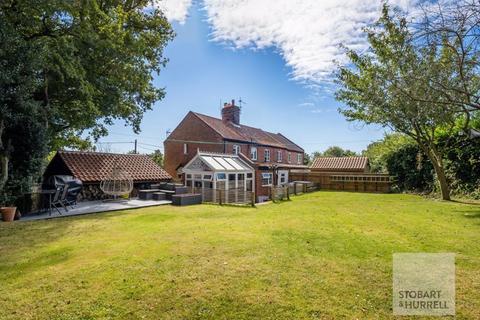 2 bedroom cottage for sale - Lilac Cottage, Knapton Road, Swafield, Norfolk, NR28 0RP