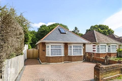4 bedroom detached bungalow for sale - Headswell Avenue, Rehill, BH10
