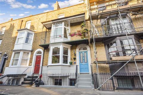 4 bedroom terraced house for sale - Plains Of Waterloo, Ramsgate, Kent