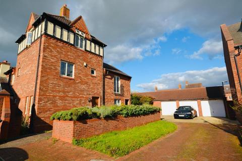 3 bedroom townhouse for sale - Archers Green Road, Westbrook, Warrington