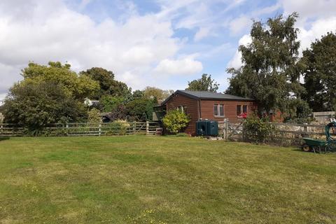 3 bedroom cottage for sale - Careby, Stamford