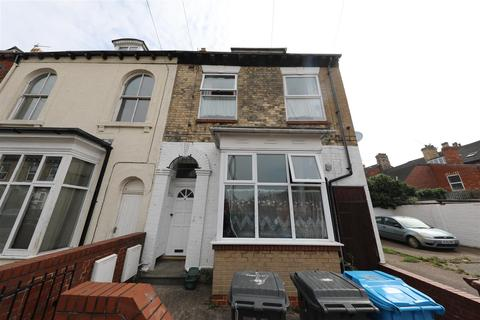 4 bedroom end of terrace house for sale - Peel Street, Hull