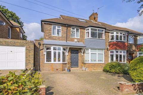 4 bedroom semi-detached house for sale - Lowther Drive, EN2 7JR
