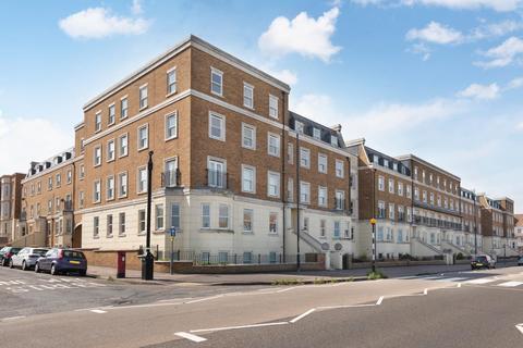 2 bedroom flat for sale - Eastern Esplanade, Cliftonville, Margate