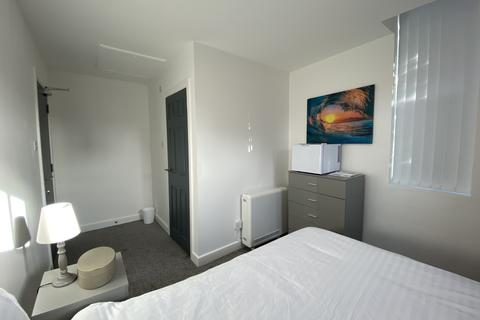Studio to rent - Room 6, Litherland Road,  Bootle, Bootle, Merseyside L20
