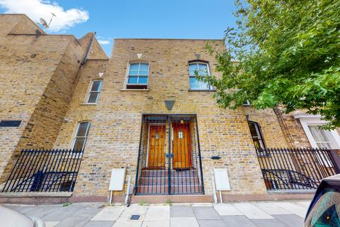 1 bedroom house for sale - Hewlett Road , Bow E3