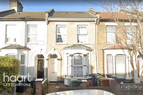 4 bedroom flat to rent - Leslie Road, E11