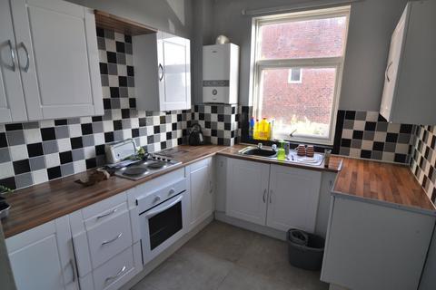 2 bedroom house to rent - Midland Road, Royston
