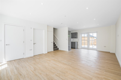 3 bedroom terraced house to rent - St. Vincents Lane, Mill Hill