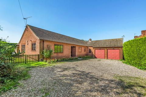4 bedroom detached bungalow for sale - Bridewell Lane, Botesdale