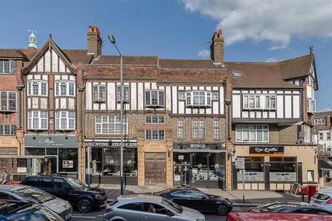 3 bedroom apartment for sale - Russell Hill Road, Purley, Surrey
