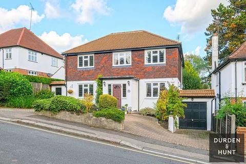 5 bedroom detached house for sale - Ollards Grove, Loughton, IG10