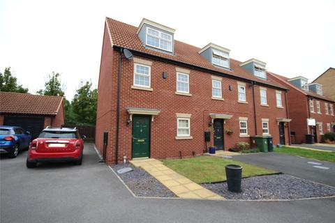 3 bedroom terraced house for sale - Dealtry Close, Leeds