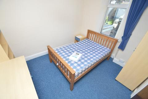 1 bedroom in a house share to rent - Wood Road , Treforest ,