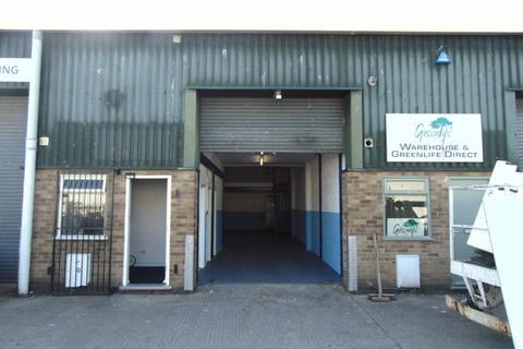 Industrial unit to rent - Totnes