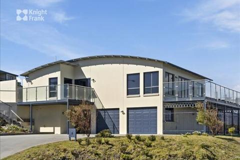 5 bedroom house - 5 Meika Place, Coles Bay, TAS 7215