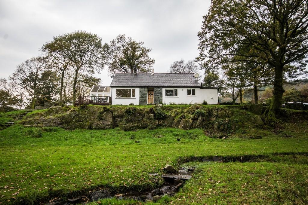 4 Bedrooms Detached Bungalow for sale in Speel Bank Bungalow, Beckside, Cartmel