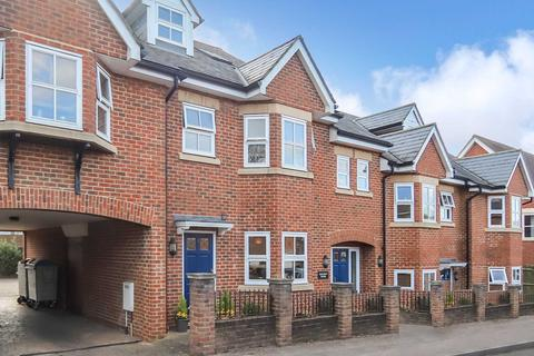 2 bedroom apartment to rent - Langdon Street, Tring