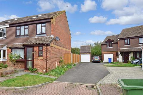 3 bedroom semi-detached house for sale - Beauvoir Drive, Kemsley, Sittingbourne, Kent