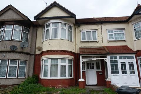 3 bedroom terraced house for sale - Eastern Avenue, Redbridge IG4