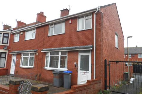 3 bedroom end of terrace house to rent - Woburn Road, Blackpool, FY1 2PH