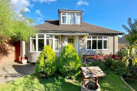 4 bedroom bungalow to rent - Park Grove Bexleyheath DA7