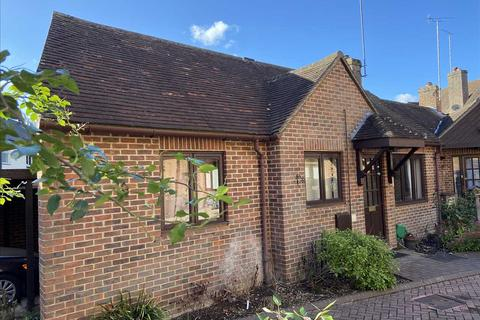1 bedroom bungalow to rent - Town Hall Court, Whitchurch