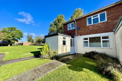 3 bedroom end of terrace house for sale - Savernake Close, Warminster