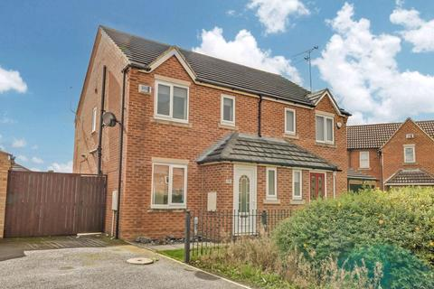 3 bedroom semi-detached house to rent - Lakeside Grove, West Hull
