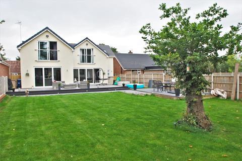 4 bedroom detached house for sale - Boscombe Drive, Hazel Grove