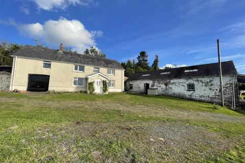3 bedroom property with land for sale - Betws