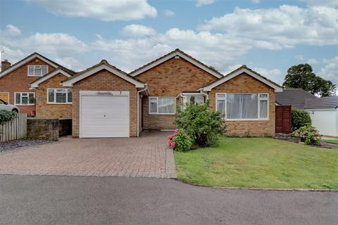 2 bedroom bungalow to rent - Bell Lane, Snitterfield, Stratford-Upon-Avon