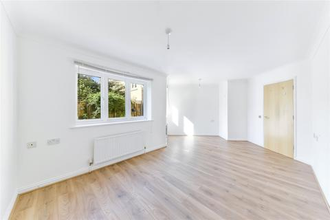 2 bedroom apartment for sale - Prince Edward Road, London, E9
