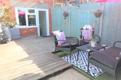 3 bedroom maisonette for sale - Wimborne Road, Bournemouth, BH9
