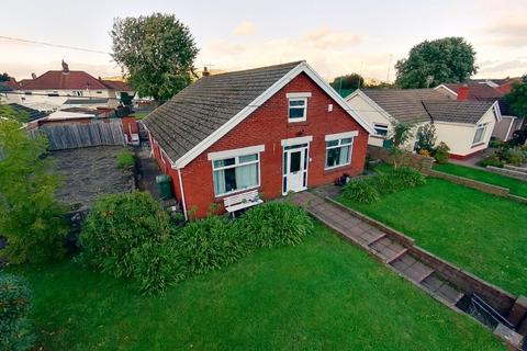 4 bedroom bungalow for sale - 62 Mill Road, Caerphilly, CF83 3FH