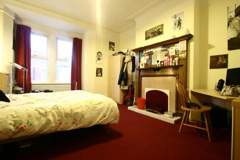 4 bedroom maisonette to rent - Rokeby Terrace, Heaton, NE6