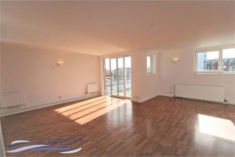 3 bedroom flat to rent - Dewsbury Court, Maritime Quarter, SWANSEA