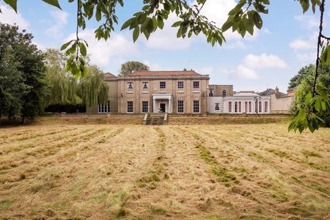 8 bedroom manor house for sale - Langham