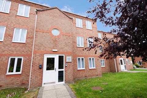 2 bedroom flat for sale - Darwin Close, York