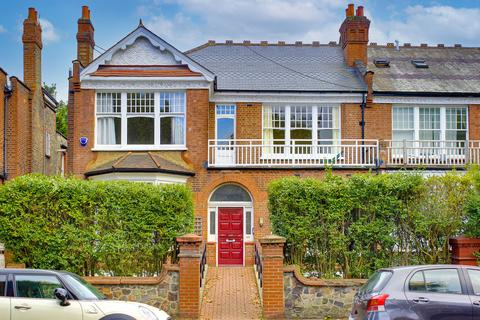 3 bedroom flat for sale - Queens Avenue, Muswell Hill N10