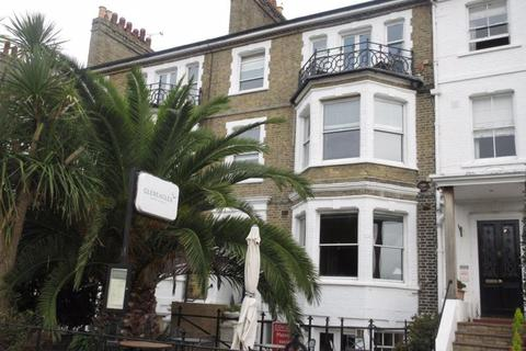 4 bedroom maisonette to rent - Clifftown Parade, Southend-On-Sea