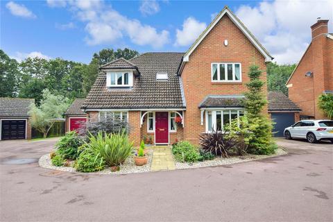 5 bedroom detached house for sale - Schooner Walk, Upnor, Rochester, Kent